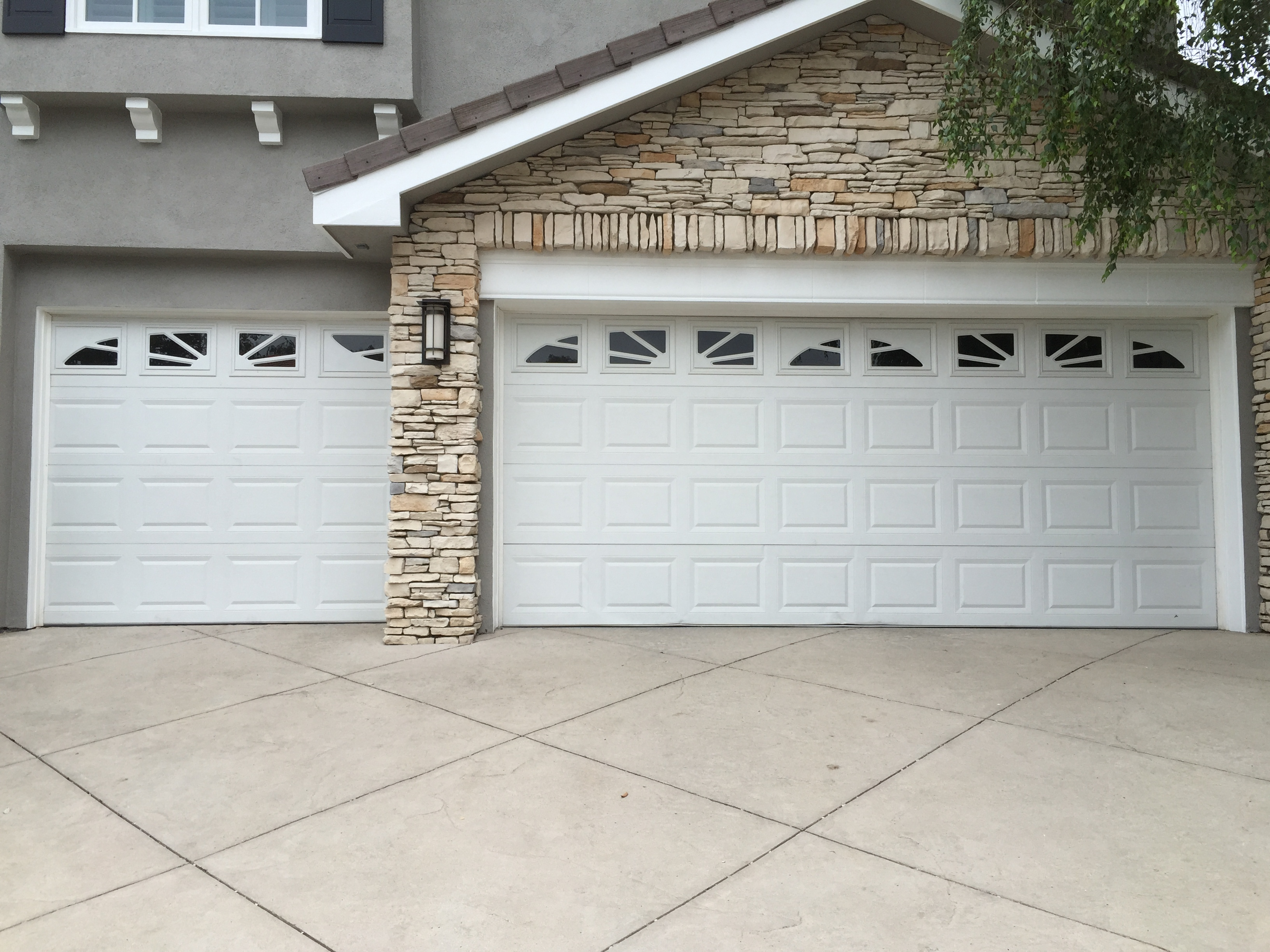 Garage Door Installation in Pasadena