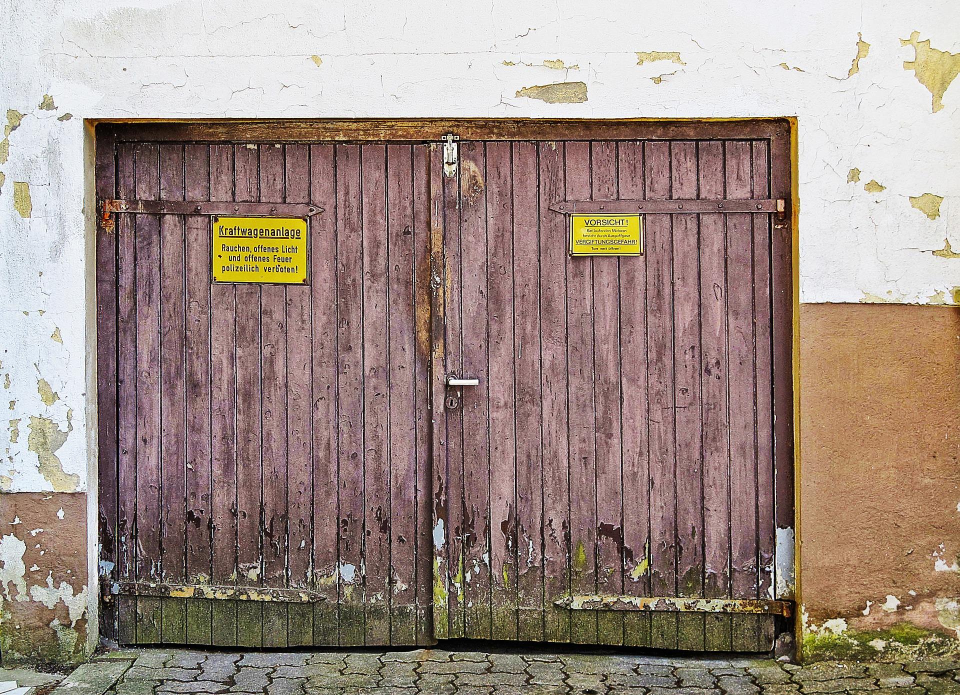 Garage Door Repair in Santa Monica California