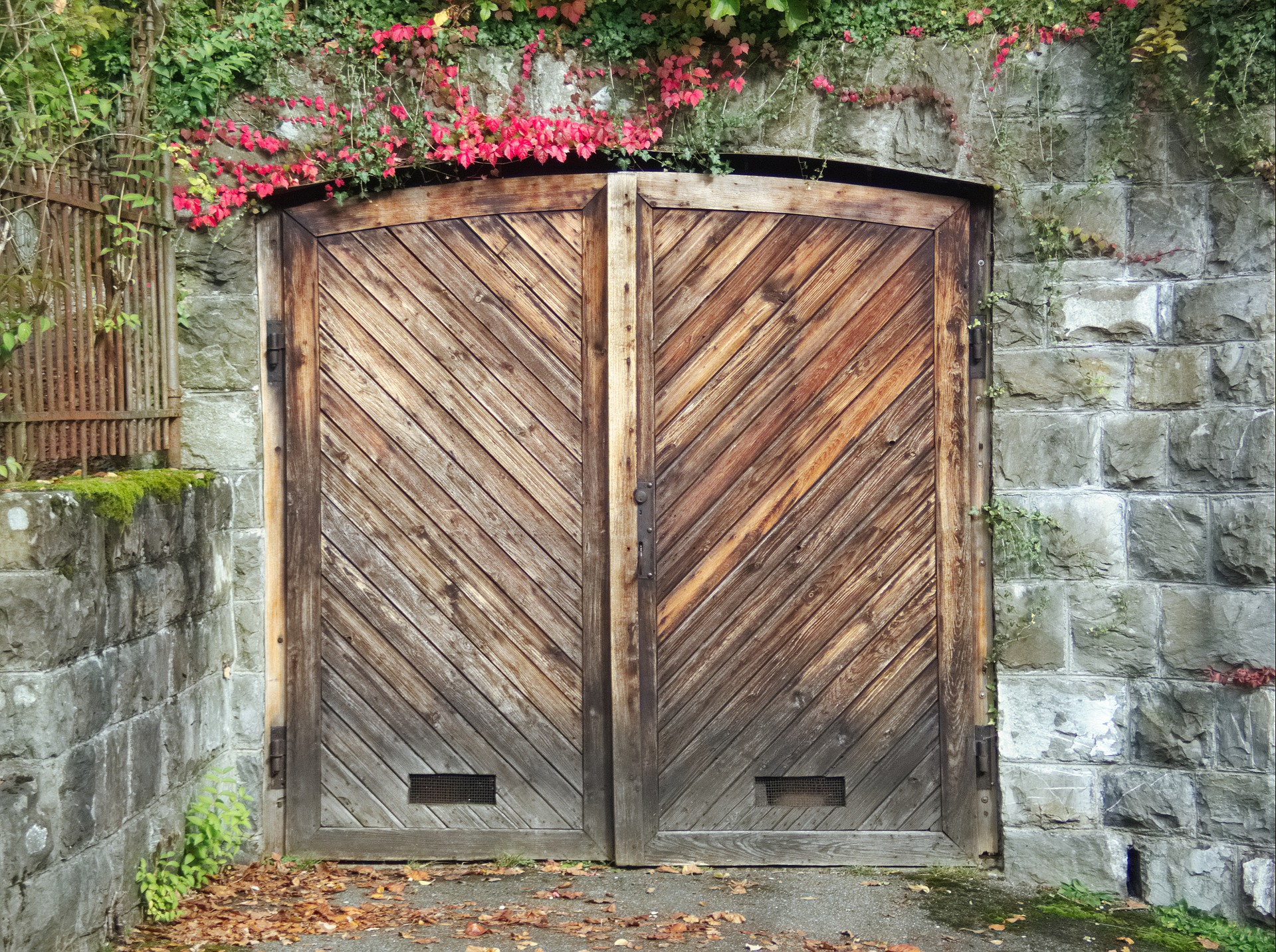 Wooden Garage Doors in Santa Monica California
